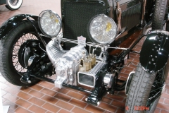 GP fall cruise at the Hudson museum (7)